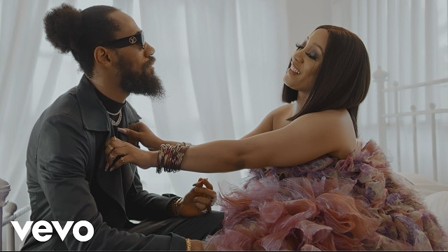 Phyno – Never (Official Video)