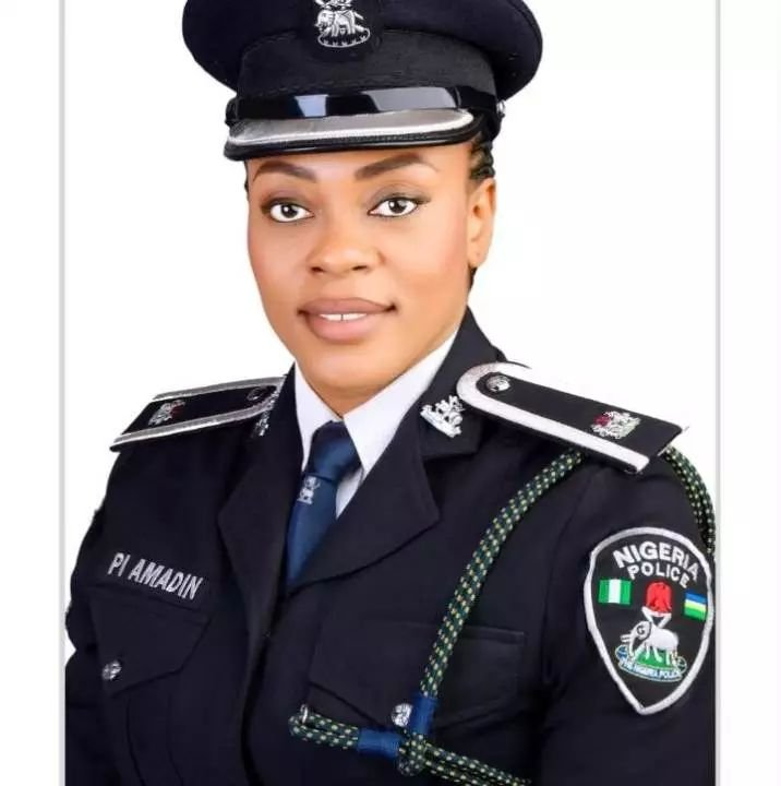 'She Stood For Us, Gave Us Morale' – Lagos #EndSARS Protesters Hail Policewoman (Photos)